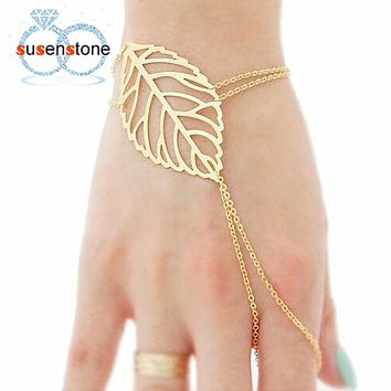 Hollow leaves Finger Bangle Slave Chain Gold Bracelet