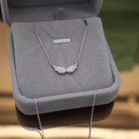 Simple fashion Angel's wings 925 sterling silver zircon necklace, a perfect gift