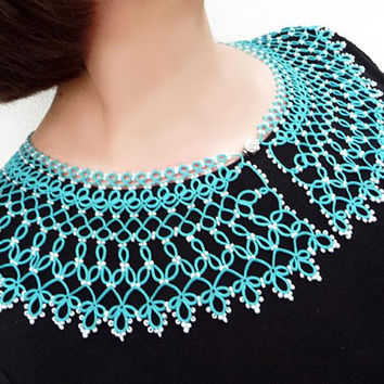 Detachable collar necklace Caribbean Sea, elegant Neck Accessory, exquisite turquoise Jabot, Victorian lace Frill, tatting collar, lace