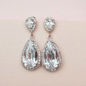 Bridal Drop Earrings in Old Hollywood Style