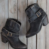 Indie Spirit By Corral Strappy Boot