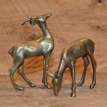 Small Brass Deer, Brass Buck and Doe, Brass Doe, Vintage Deer, Cabin Decor, Hunting Decor, Mod, Mid Century, Modern, Display, Decor