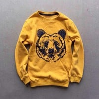 1pc Unisex Grizzly Bear Sweatshirt