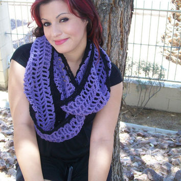 Lavender Cowl Infinity/ Circle Crochet Scarf with Black Border