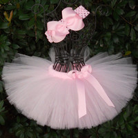 Light Pink Tutu Newborn Infant Girls Tutu Baby Pink Tutu Set Baby Shower Gift Birthday Easter Tutu Princess Pageant Photo Prop Tutu Bows