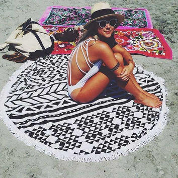 Fashion Multicolor Geometric Print Tassel Beach Towel Sunscreen Shawl Yoga Cushion