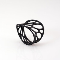 1layer twist ring black 3dprinted nylon plastic by nervoussystem