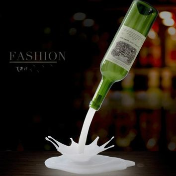 2018 new Novelty Creative Products 3D Pouring Wine LED Colorful Bedside Atmosphere Lamp Cabinet Decoration Decoration Gift USB T