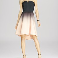 HALSTON HERITAGE Structured Ombré Print Strapless Dress