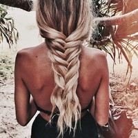 Image about girl in hair💇🏼 by kylie on We Heart It
