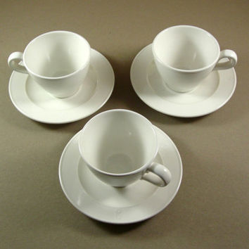 3 Metlox Poppytrail Coffee Tea Cups and Saucers / Jamestown Provincial White / Set of 3