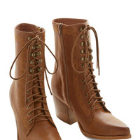 Jeffrey Campbell Vintage Inspired, French Follow Your Path Boot