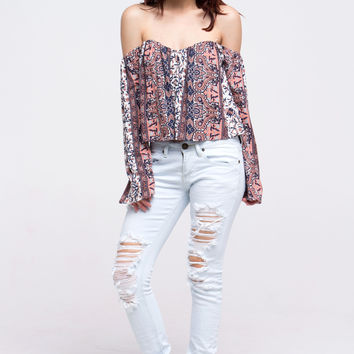 (alq) Bell sleeves off the shoulder flare cropped mauve top