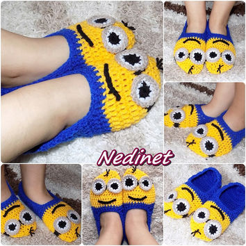 Crochet PATTERN Minion slippers pattern, crochet minion pattern, Baby to Adult sizes, INSTANT DOWNLOAD pattern, Christmas Gift Ideas