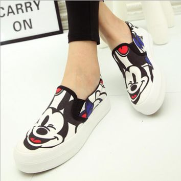 Spring Autumn New White Gray Color Women Canvas Shoes Mickey Cartoon Print Platform Shoes Woman Ladies Casual Flat Moccasins