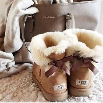"""""""UGG"""" Women male Fashion Wool Snow Boots A bowknot Chestnut"""