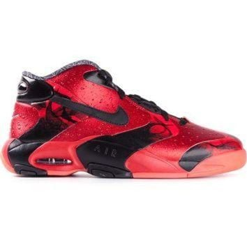 ONETOW Nike Panelled Mid-Top Sneakers