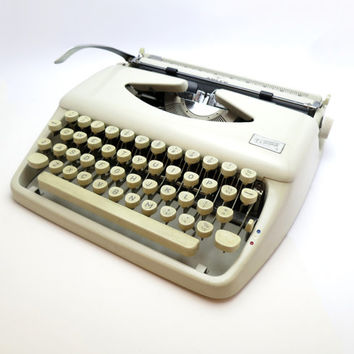 FREE SHIPPING 1960s Serviced Cream Adler Tippa 2 Deluxe Portable Manual Typewriter. Includes & Protective Leather Carry Case and Ribbon.