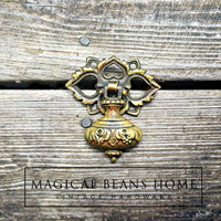 New Arrival !! Vintage Keeler Brass Co Teardrop Pull in Antiqued Brass by www.MagicalBeansHome.com