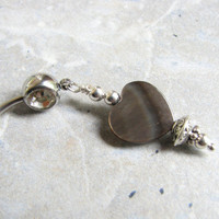 Seashell Heart Belly Button Rings, Mother of Pearl Shell Belly Ring in Gray and Silver, Dangle Belly Button Jewelry Beach Navel Jewelry