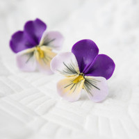 Pansies, Hypoallergenic, Heartsease flowers -- Earrings stud