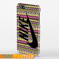 Nike Logo On Tribal Pattern iPhone 4/4S, 5/5S, 5C Series Full Wrap Case