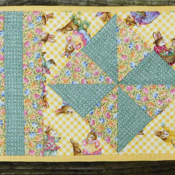 Easter Placemats Hand Quilted Handmade Easter Place Mats Bunny Rabbit Eggs Pinwheel Design Yellow Placemats Holiday Decor