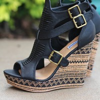Light Like A Feather Aztec Printed Wedges (Black)