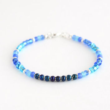 Blue seed bead bracelet, blue bead bracelet, shades of blue delicate bracelet, minimal jewelry, small bead bracelet, simple jewelry, 7""