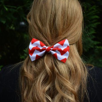 Chevronhair bowRed and Whitechevron hair Bow by ClipaBowBoutique