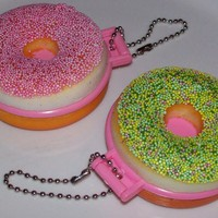 SQUISHY PINK or GREEN DONUT COMPACT