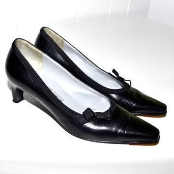Make an Offer SALVATORE FERRAGAMO 1980s Black Leather PUMPS Heels Shoes Ladies sz 6 Ma