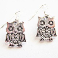 Owl Earrings Antique silver owl earrings Steampunk by RobertaValle