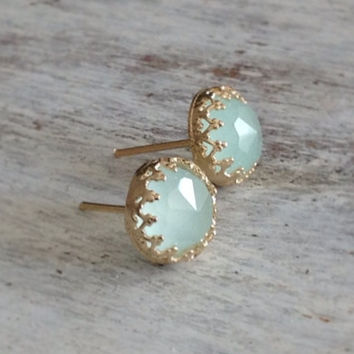 Gold filled light green jade stone stud earrings