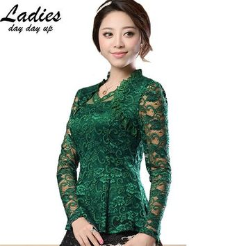M-4XL New Fashion 2016 Spring Noble Women Hollow lace blouse shirt long-sleeve Lace shirt female Plus size lace Tops blusas