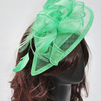 Mint Green Fascinator, Womens Tea Party Hat, Church Hat, Derby Hat, Fancy Hat, Mint Green Hat, Tea Party Hat, wedding hat