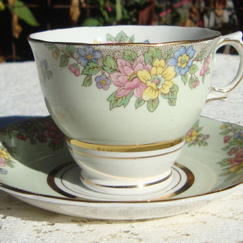 Colclough Bone China Teacup and Saucer Pastel Green with Flowers Made in England