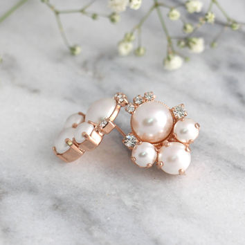 Pearl Earrings, Bridal Pearl Earrings, Bridal White Pearl Cluster Earrings, Bridal Swarovski Pear Earrings, Bridesmaids Earrings