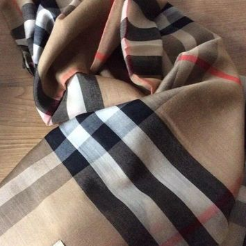 BN BURBERRY Wool & Silk SCARF / Shawl x cm