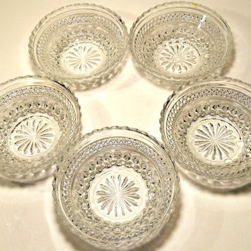 Candy Dish Instant Collection Wedding Buffet Candy Bar Dish Nut Bowl 5 Matching Clear Glass Dessert  sc 1 st  Wanelo & Shop Vintage Clear Glass Bowls on Wanelo