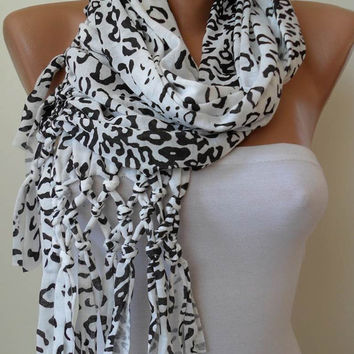 ON SALE - Creamy White and Black Leopard Scarf