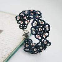 Blue lace bracelet Flowers, denim blue bracelet, tatted bracelet, indigo bracelet, tatting jewelry, lace jewelry.