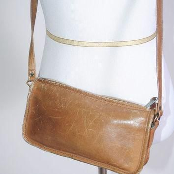 Vintage 1970s brown LEATHER DISTRESSED CROSSBODY Cappagallo Coach tan leather zip arou