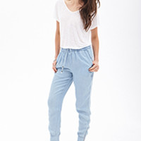 Shop contemporary denim with styles ranging from classic to printed | Forever 21