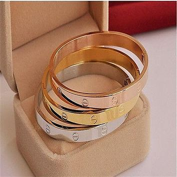 Cartier Fashion Trending Casual Nail Bracelet Nail Rose Golden G