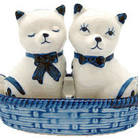 Cats Salt and Pepper Shakers: Cats/Basket