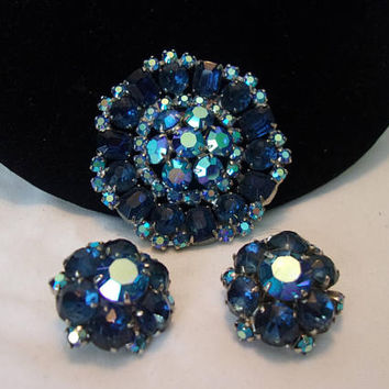 Vintage Blue Flower Brooch & Earrings Aurora Borealis Glass Rhinestone Silver Pin Set