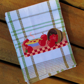 Tea Towel  ( 100% cotton kitchen dish towel with Apple Pie Embroidery )