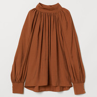 Balloon-sleeved blouse - Dark camel - Ladies | H&M GB