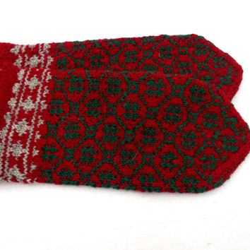 hand knitted wool mittens latvian mittens patterned green red mitts knit wool arms warmers knitting gloves nordic hand muffs accessories